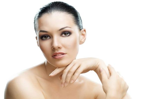 秋季保养皮肤,除了护肤还要做好这4点,让你皮肤白嫩有弹性!